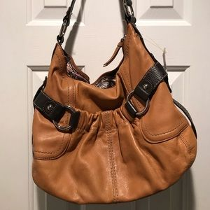 Clarks  two-toned leather shoulder bag GUC